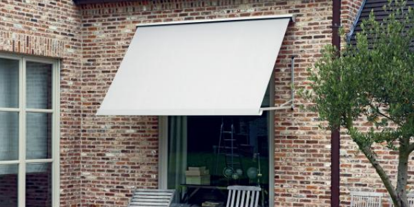 Awnings for Ipswich Colchester Chelmsford Othello Blinds