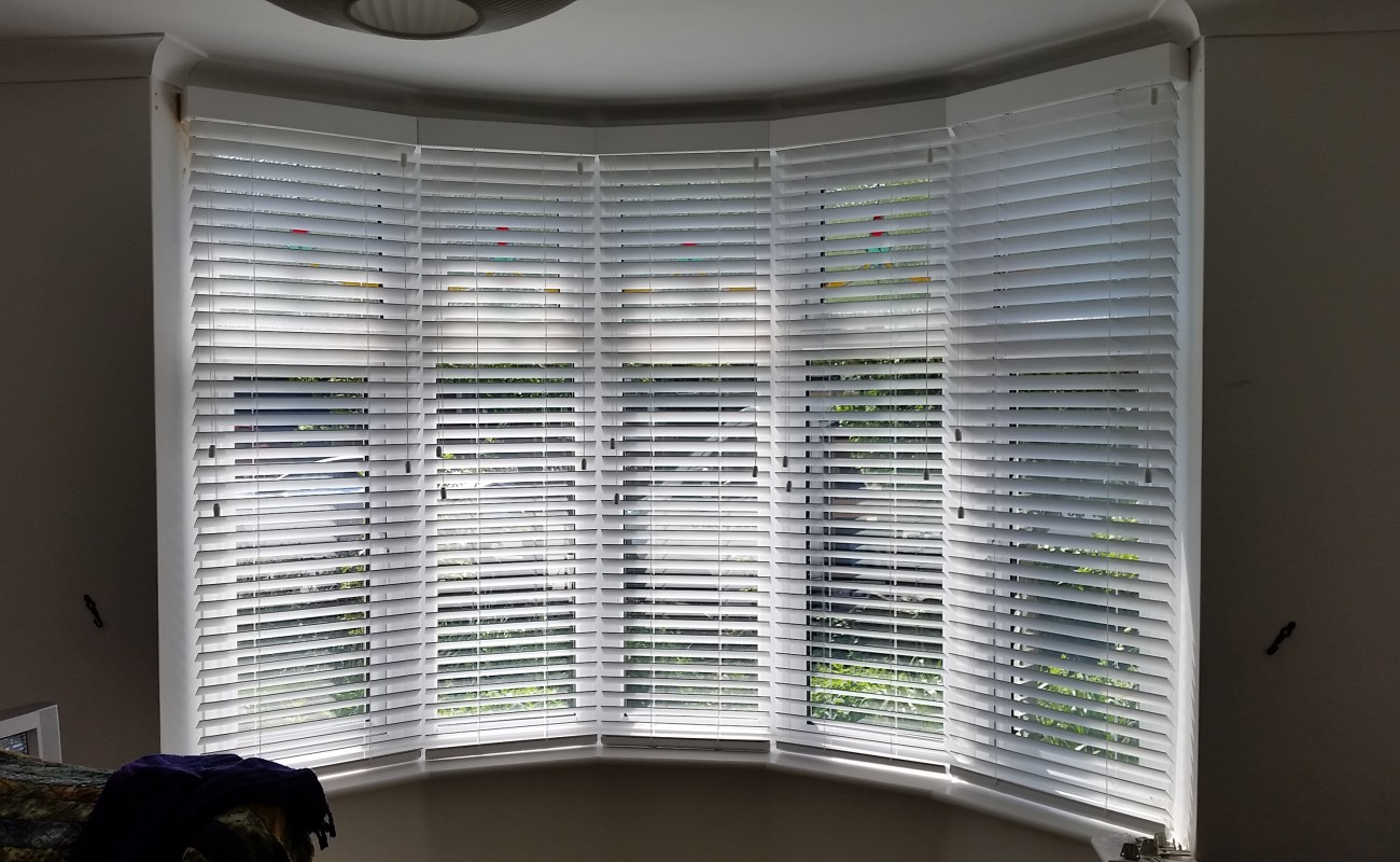 Bay Window Wooden Venetian Blinds